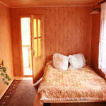 Small_room_137