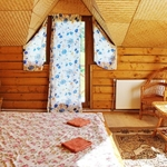 Small_room_153