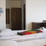 Small_room_284