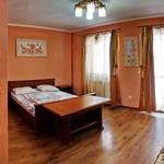 Small_room_305