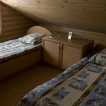 Small_room_72