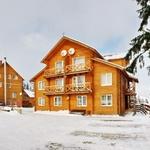 Small_hotel_229