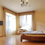 Small_room_616