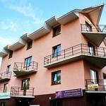 Small_hotel_312