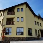 Small_hotel_315