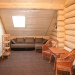 Small_room_909